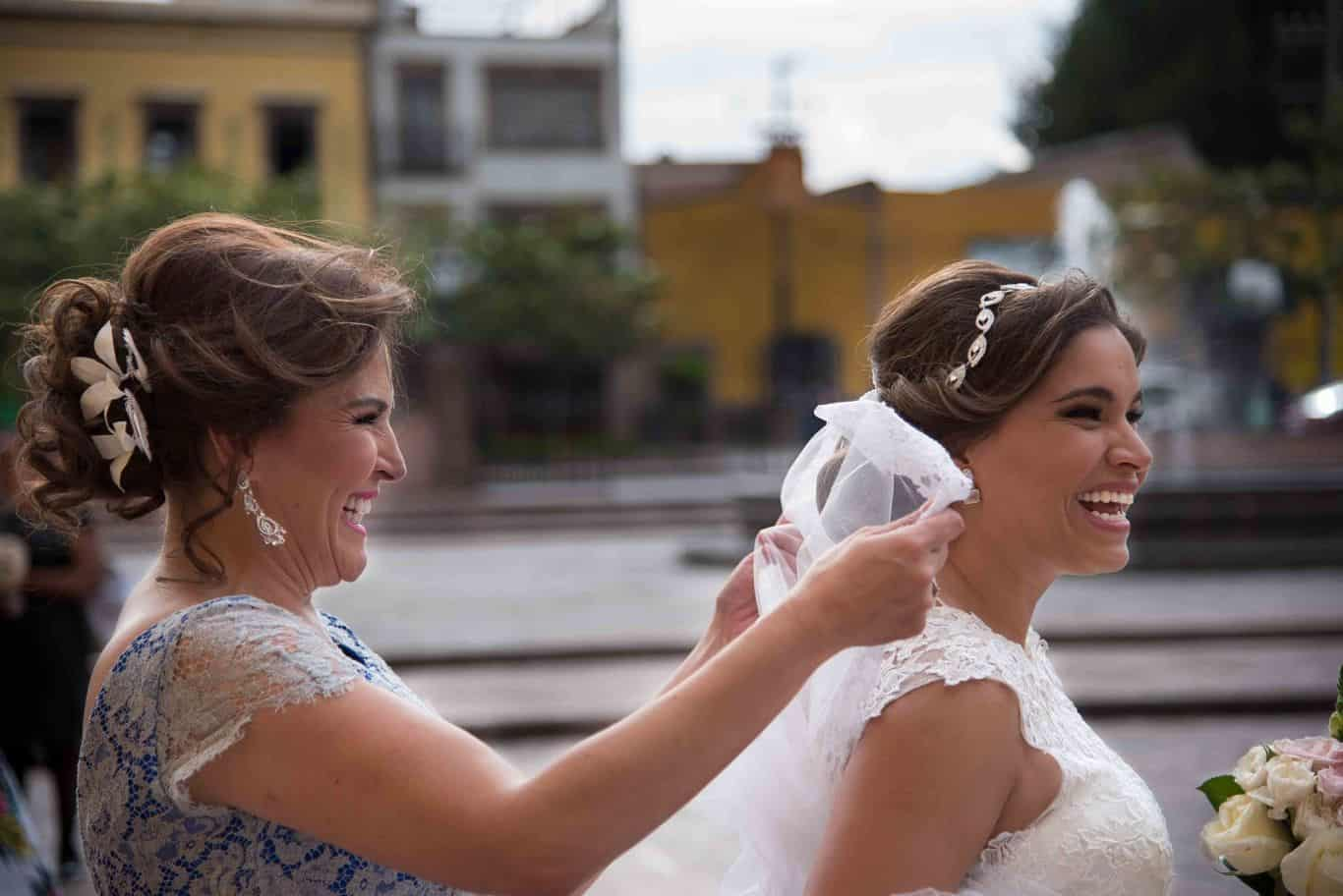 Fotografía de bodas documental, fotoperiodismo de bodas. Gorka Asteinza